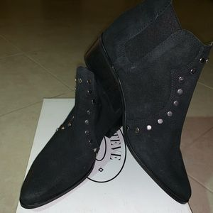 Women Steve Madden boots